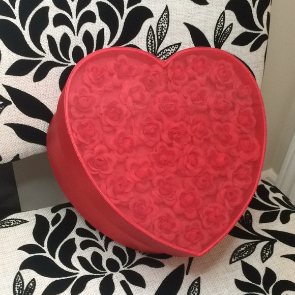 Red heart shaped storage / hat box